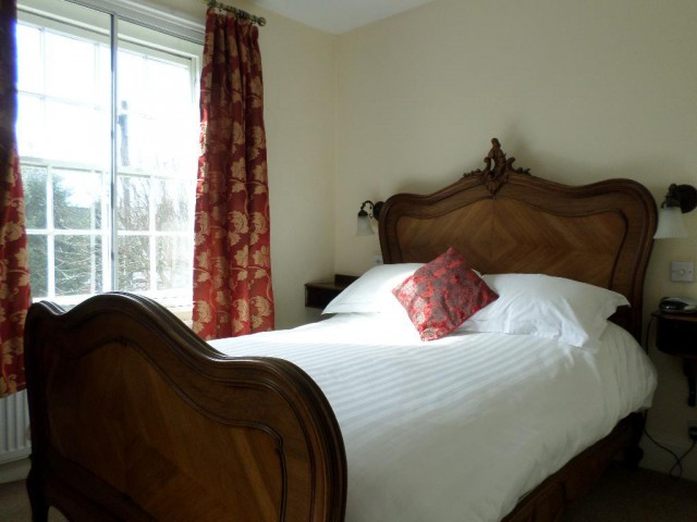 Normandy - Double Bed En Suite Including Continental Breakfast