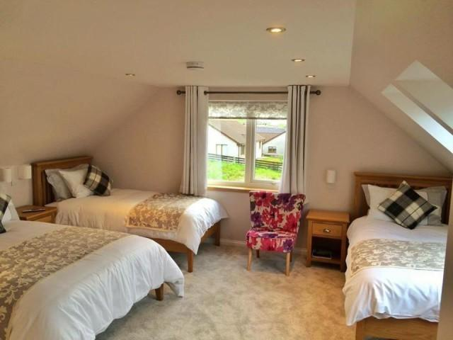 Large En-suite Family Room (inc Breakfast)
