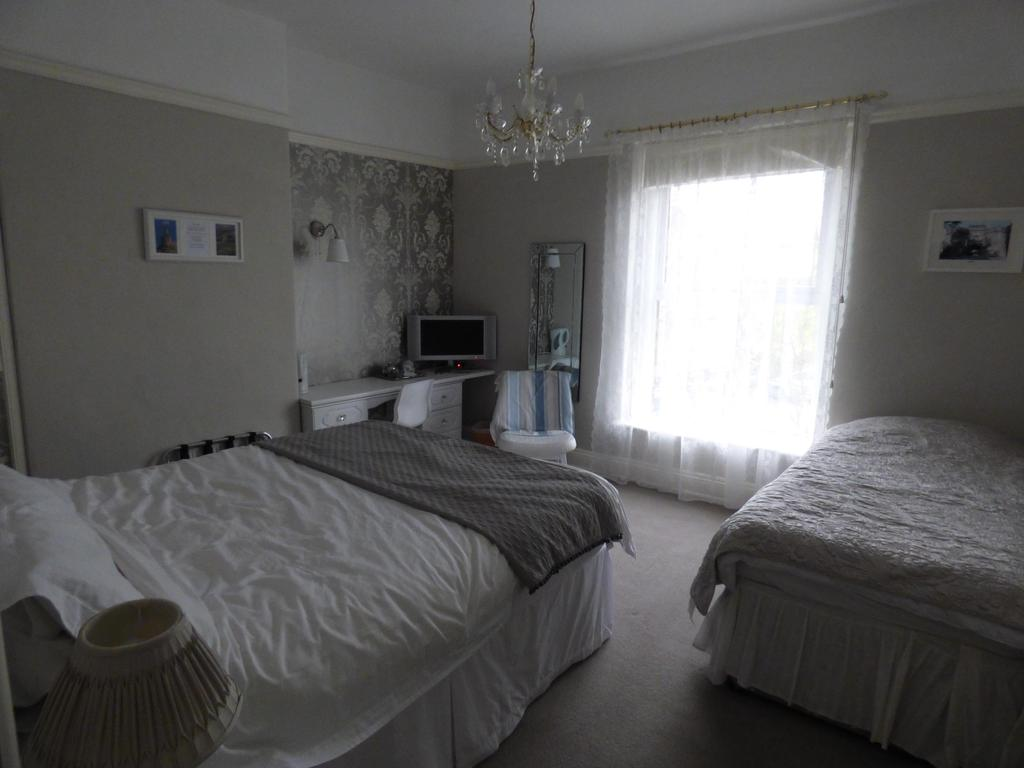 Family En-suite Room (3 adults inc. Breakfast)
