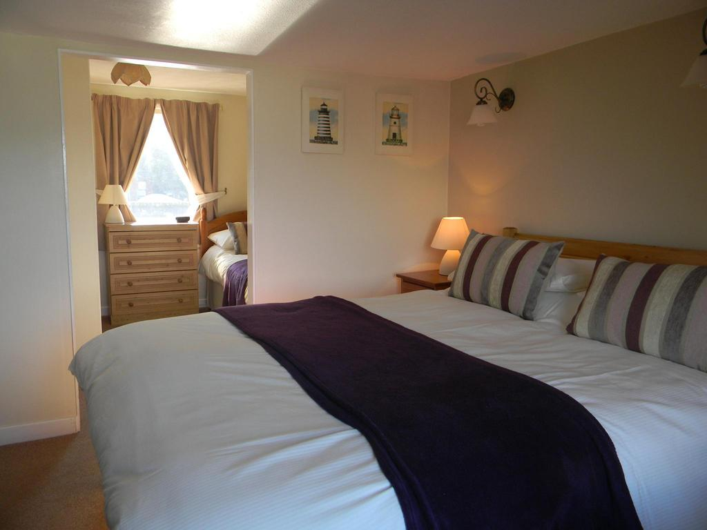 Family En-suite Room (inc. Breakfast) This room has a ceiling height of 6ft.