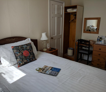 2nd floor Super Single En-suite Room (inc. Breakfast)