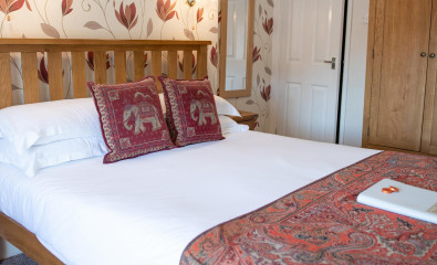 Room 9 - King size double room with en-suite facilities (including breakfast).
