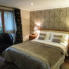 King Double En-suite for two adults