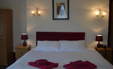 Double Room (inc. Breakfast) Non-refundable