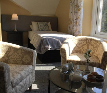 Superior En-Suite Room (inc breakfast) 2 adults 2 children