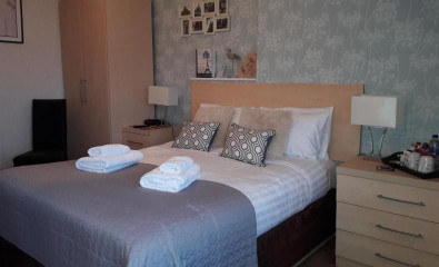 Sea View Double En-suite Room 2 adults (inc. Breakfast)
