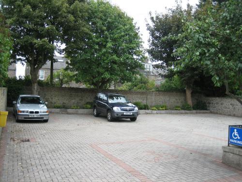 car_park[1].jpg_1538487045