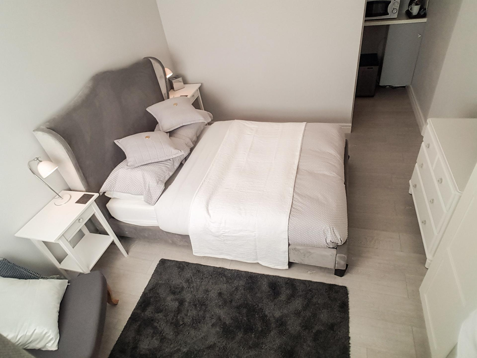 Double En-suite With Private Entrance
