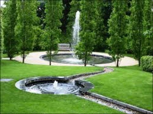 Alnwick Garden 4.jpg_1543426719
