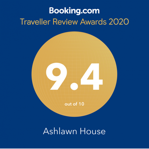 Booking.com award 2020.png_1579785151