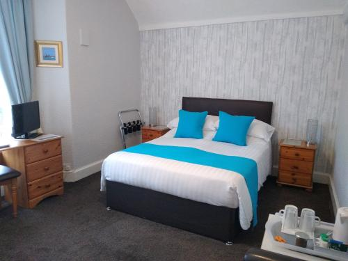 Room3New.jpg_1575644072
