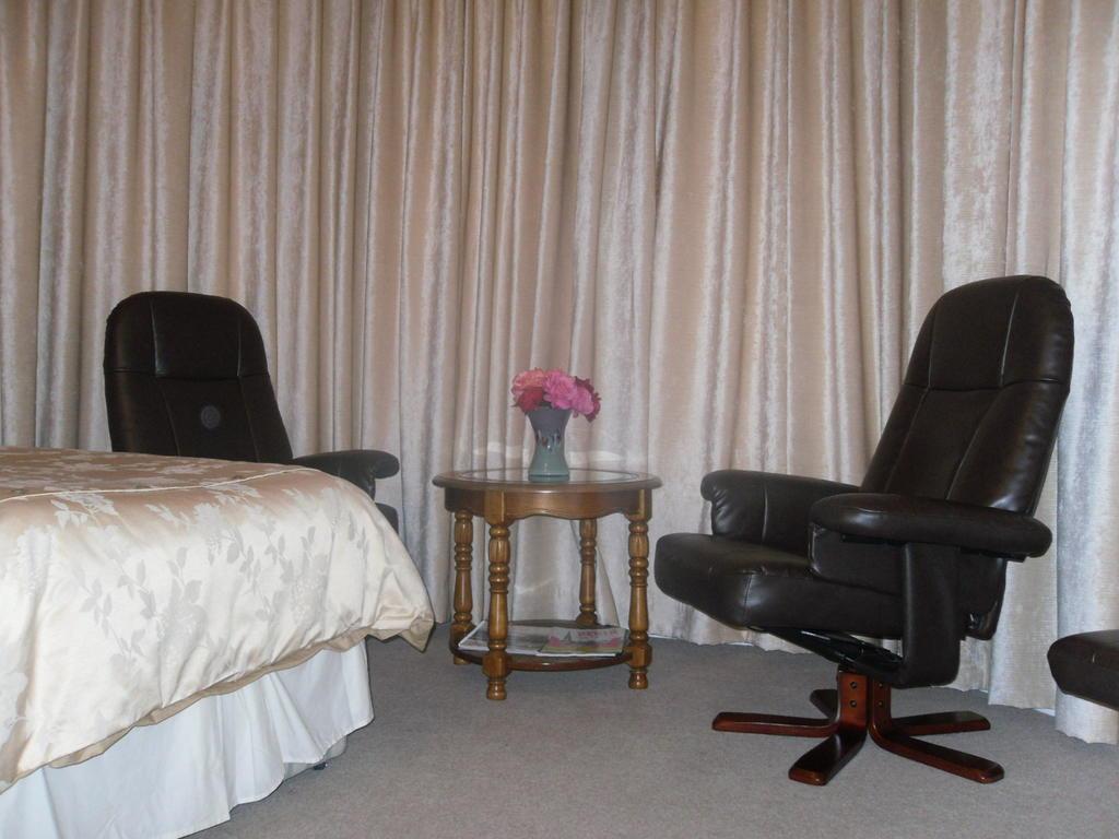 Superior DoubleEn-suite Room (inc. Breakfast)