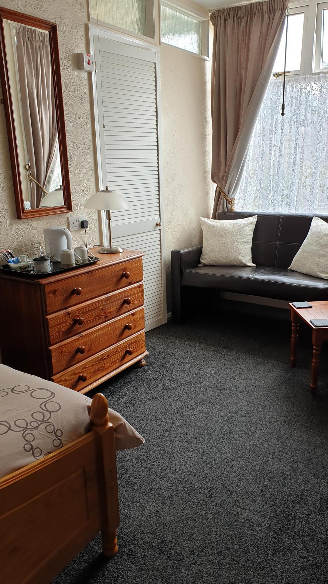 Double En-suite Room 5