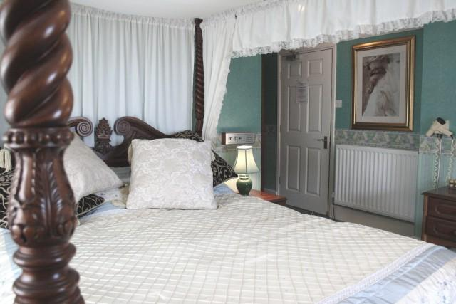 Four Poster Room En-Suite