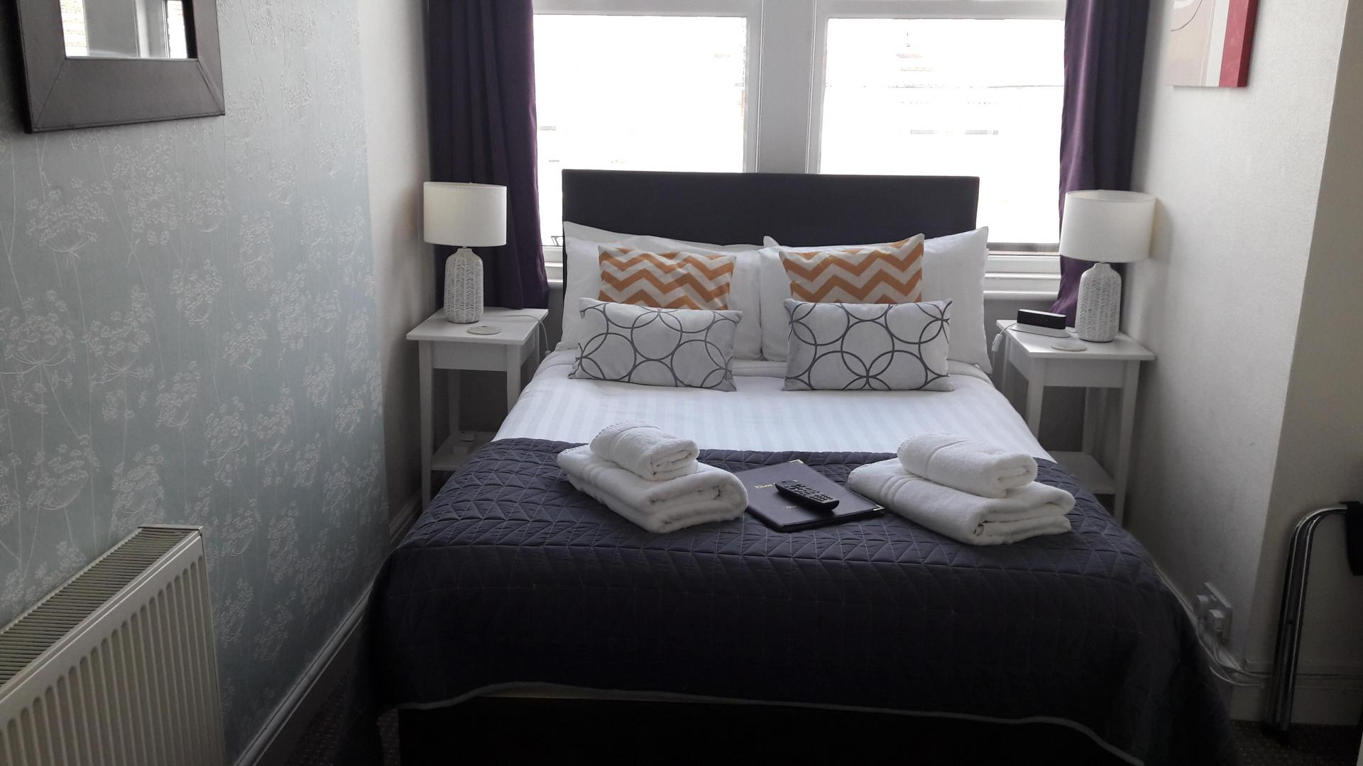 Ground Floor Double Room En-suite (1 adult)