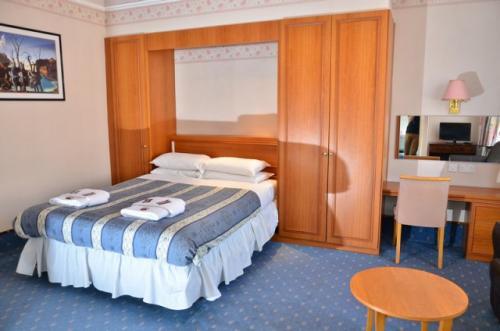 Annex Double En-suite Room (inc. Breakfast)