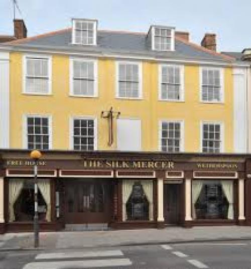 Places to Eat Silk Mercer Weatherspoons Devizes.jp