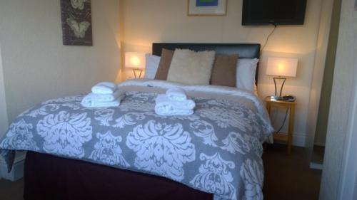 Second Floor Double Room En-suite (2 adults)