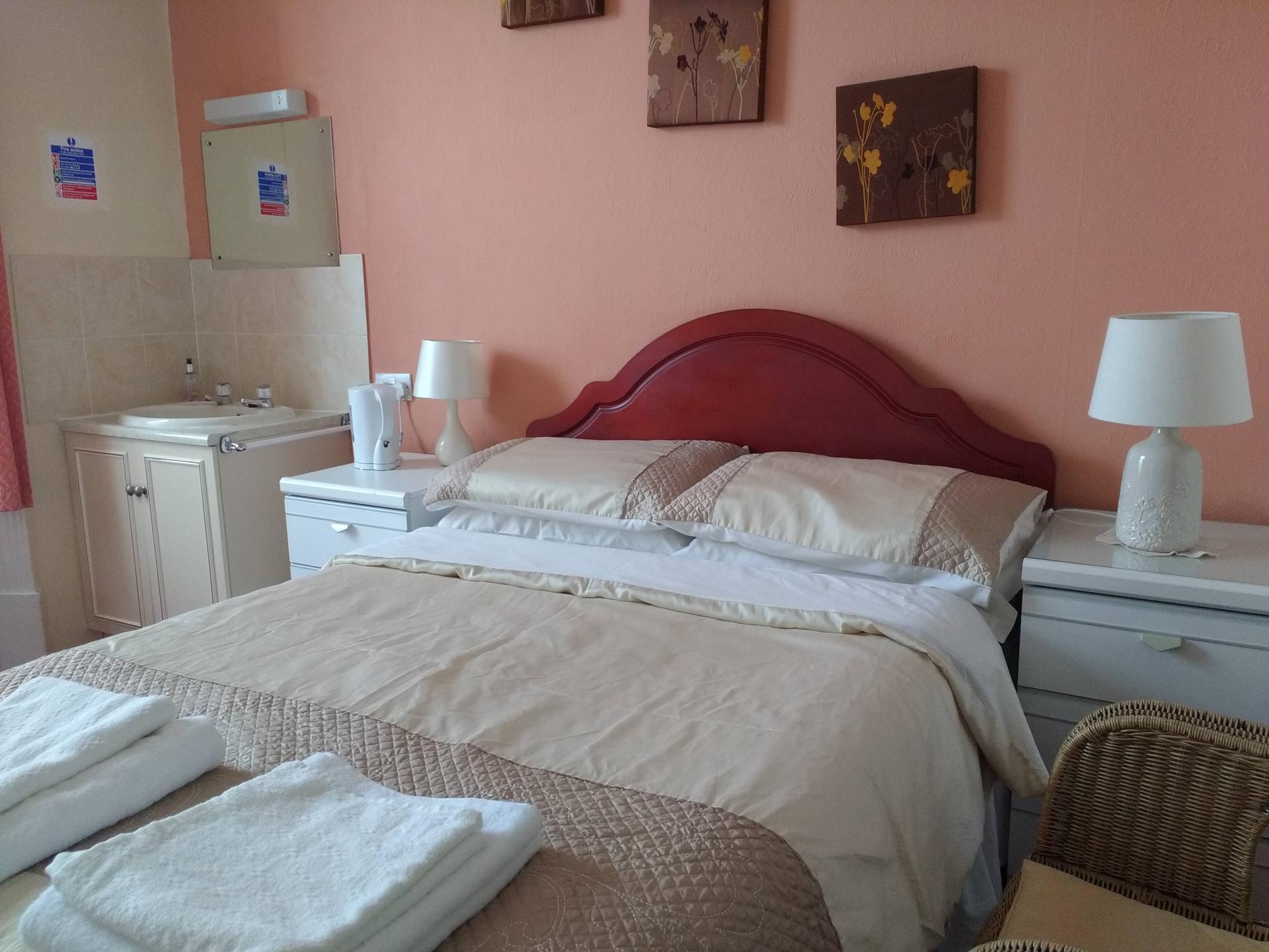 Family En-suite Room 1
