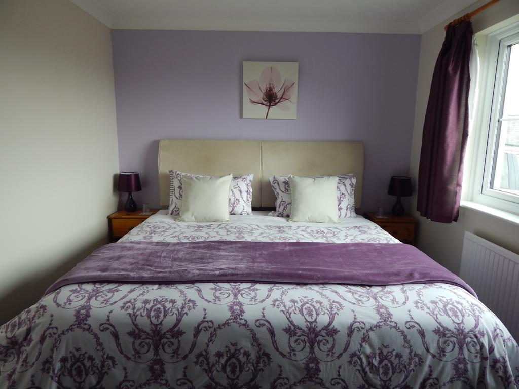 R3 Double, Twin or Family En-suite Room (Hypoallergenic)