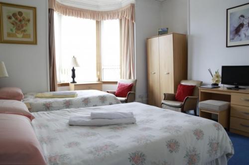 Family En-suite Room Sleeps 3