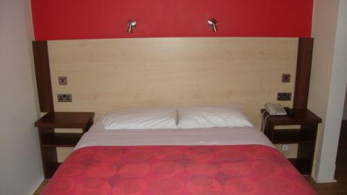 King Size Double bed En-suite Room (Excluding Breakfast)