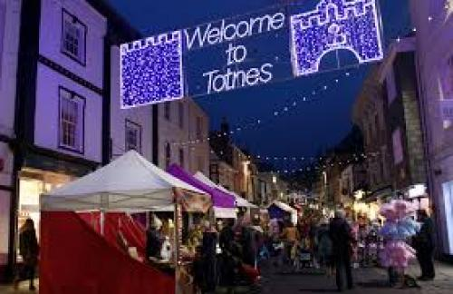 Totnes Market.jpg_1540232960