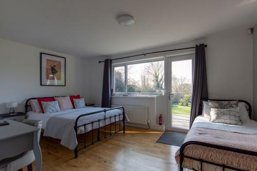 Family En-suite Room (inc. Breakfast) *2 Adults 1 Child