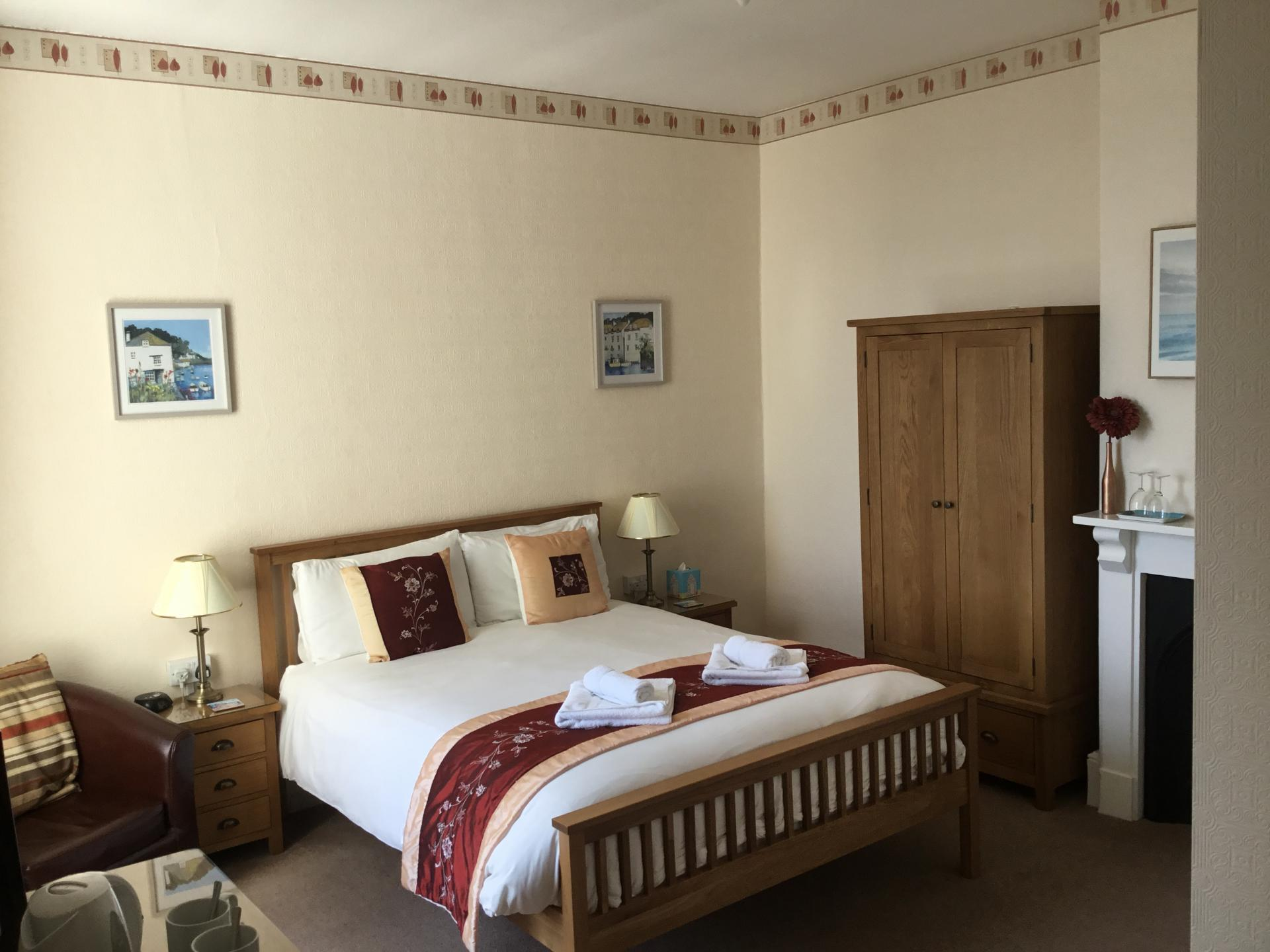 KingEn-Suite Room with Sea View (inc Breakfast)