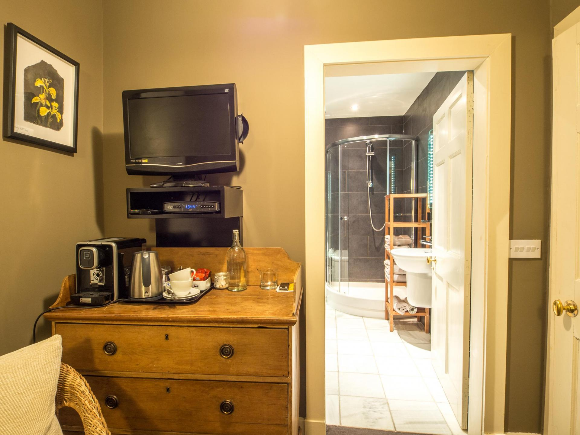 Courtyard Room with double bed (inc. Breakfast)
