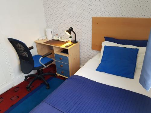 Single Room With Shared Toiled And Shower (room Only) Non Refundable