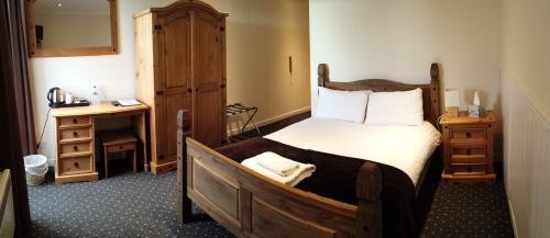 Double Superior Room With En-suite Bathroom