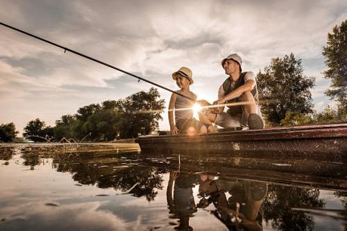 Fishing_edited.jpg_1536522328