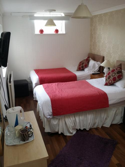 Twin En-suite Room - Non Refundable (Room Only)