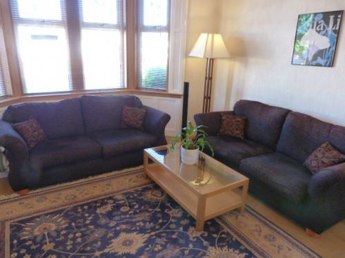 Living area 3.JPG_1526570020