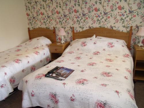 Double Room 8 (inc. Breakfast & en-suite)