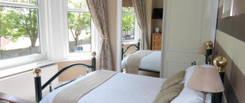 First Floor Double Room - En-suite Room - Single Use - No Breakfast