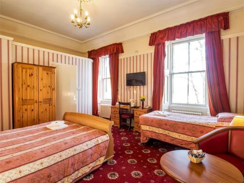 Triple Room En-suite (inc. Breakfast)