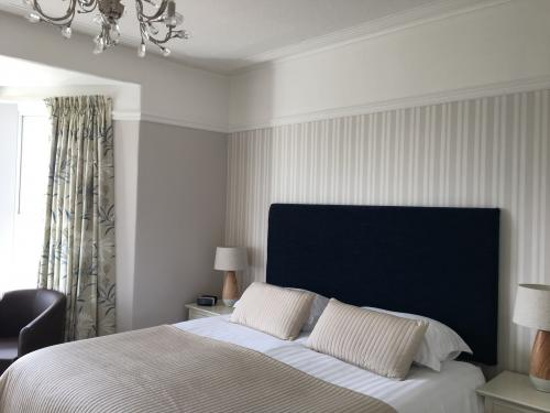 Room 2 - Double Room With Sea View - En-suite (inc. Breakfast)