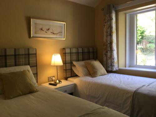 Twin En-Suite Room (inc breakfast) 2 adults