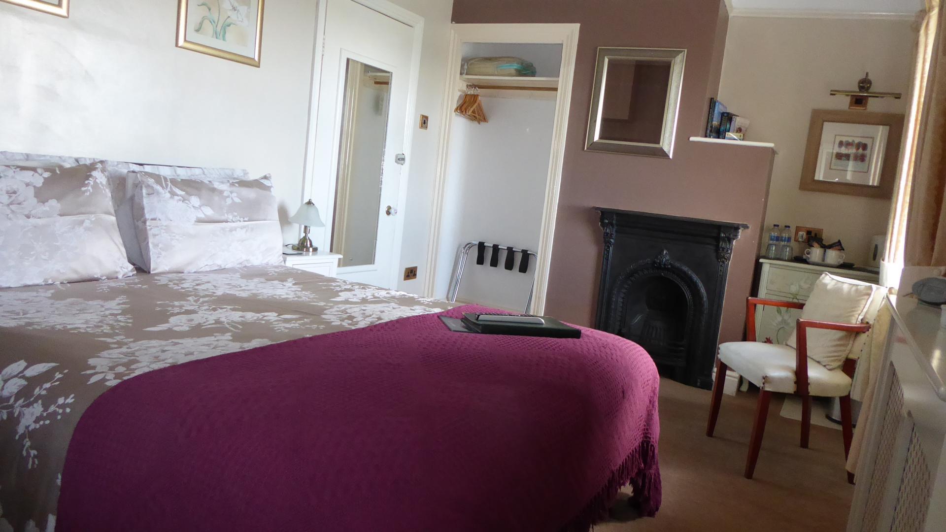 Superior Double En-suite Room 6