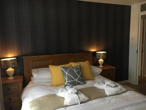 Junior Suite For Double Occupancy (king Size Bed)