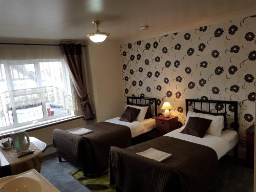 Twin En-suite Room Non Refundable (room Only)