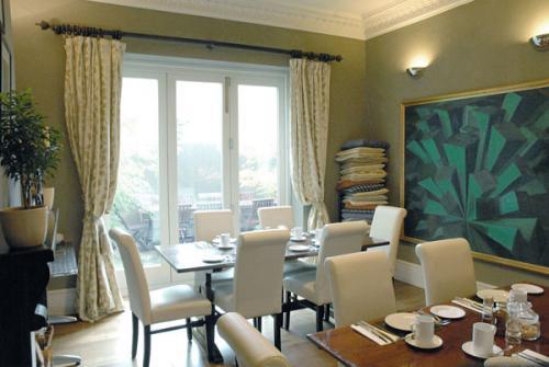 Dining Room.jpg_1568385037