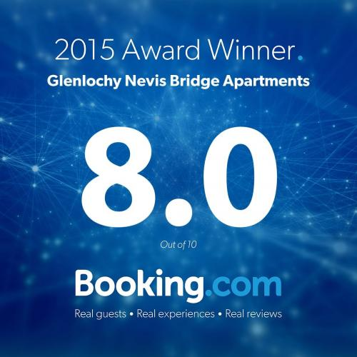 BOOKING.COM AWARD 2016.jpg