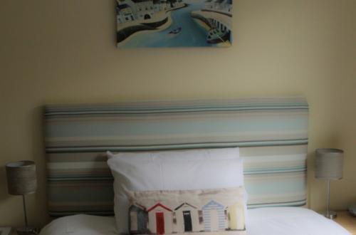 Double En-suite Room (inc. Breakfast) for Single Occupancy