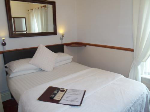 Budget Double En-suite Room (room Only)