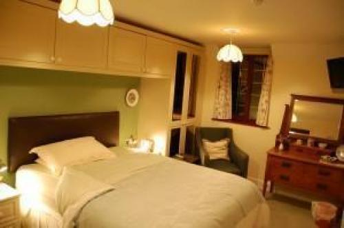 Double En-suite Rroom-green Room-week-end Saver Offer