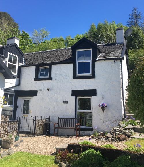 Twostones Cottage