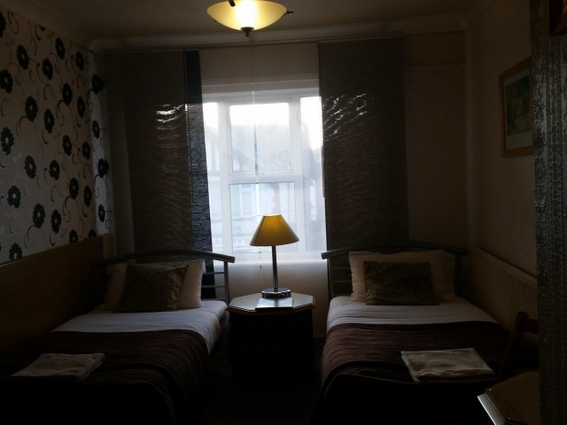 Twin En-suite 107 Room (inc. Breakfast)